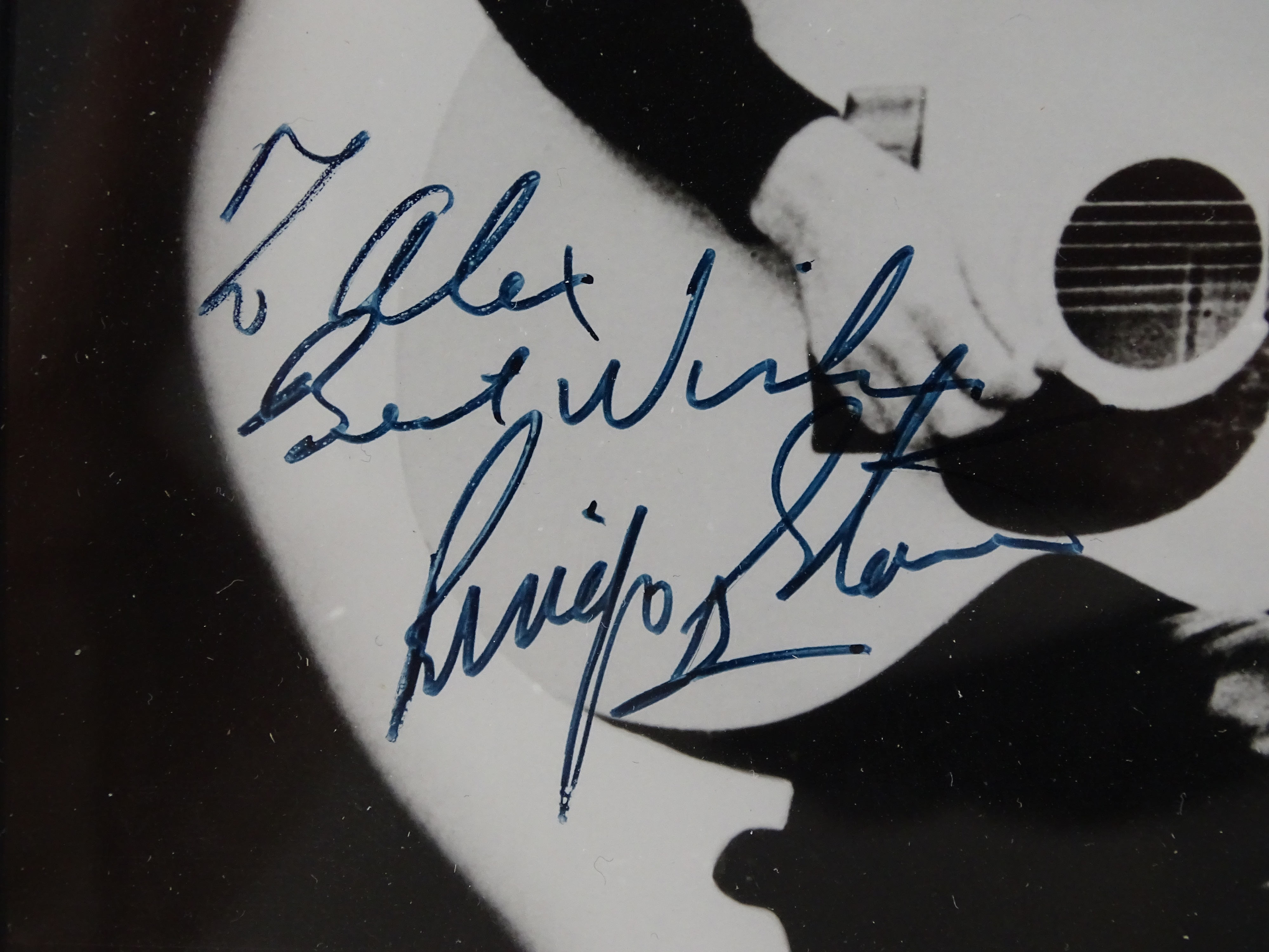 Autographs, Signed Photographs and Memorabilia Auction Results