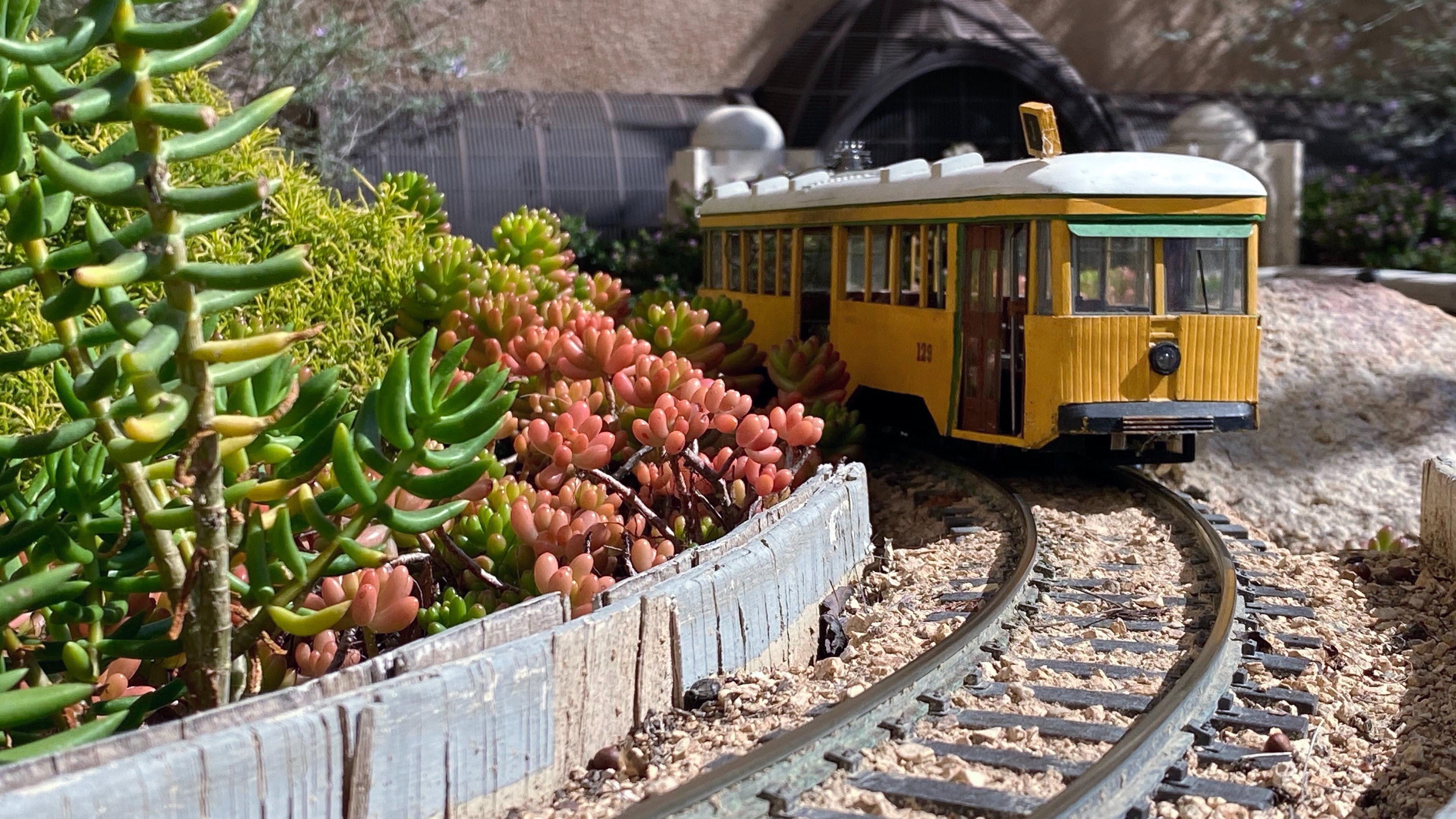 Toys & Model Railways Collectors Sale