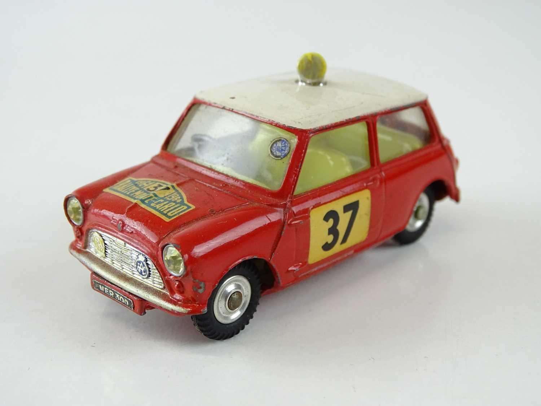Lot 19 - A CORGI 317 Monte-Carlo 1964 Mini-Cooper S in...