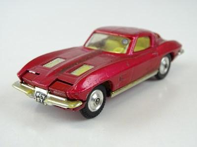 Lot 20 - A CORGI 310 Chevrolet Corvette Stingray in...