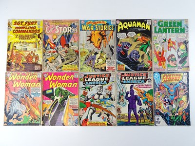 Lot 65 - MIXED LOT MARVEL & DC COMICS - (10 in Lot) -...