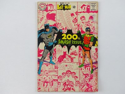 Lot 8 - BATMAN #200 - (1968 - DC - UK Cover Price) -...
