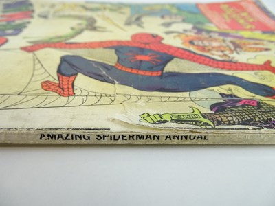 Lot 68 - AMAZING SPIDER-MAN: KING SIZE ANNUAL #1 -...
