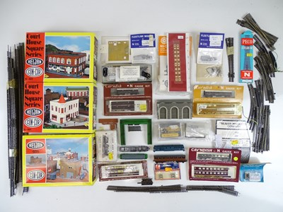 Lot 39 - A large quantity of N Gauge kits, track and...