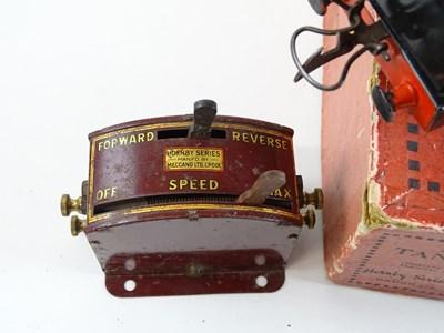 Lot 136 - A HORNBY SERIES O gauge 6V DC electric No.1...
