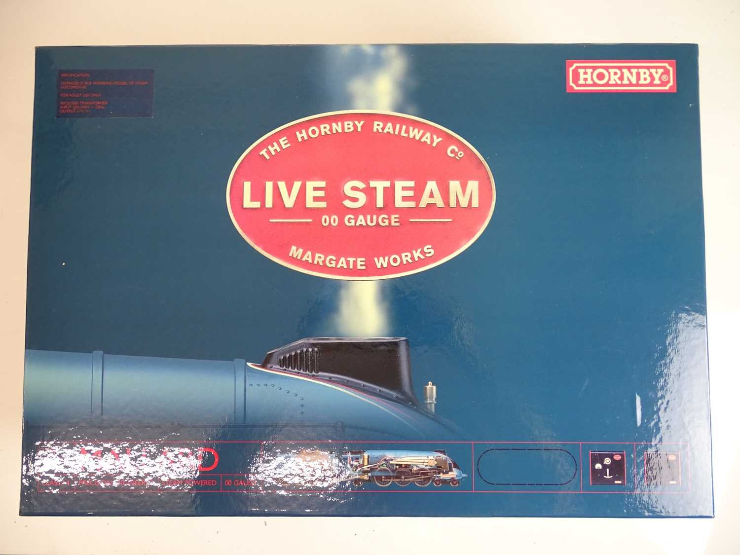 Lot 533 - OO SCALE MODEL RAILWAYS: A HORNBY R1041 Live...