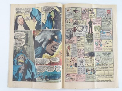 Lot 504 - BATMAN # 251 (1973 - DC) - Classic Joker cover...
