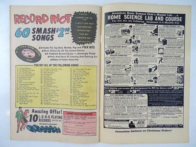 Lot 643 - FANTASTIC FOUR #49 (1966 - MARVEL) - Second...