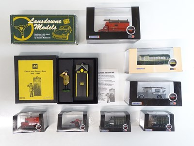 Lot 43 - A mixed group of diecast models by OXFORD and...