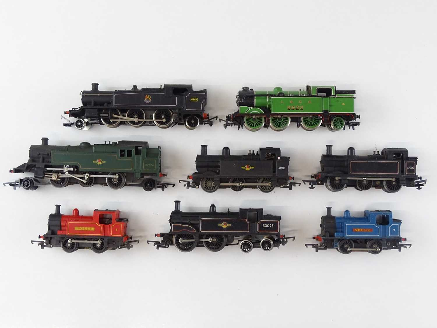 Lot 475 - A mixed group of unboxed steam tank...