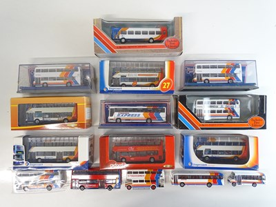Lot 5 - A group of 1:76 scale buses by EFE, CREATIVE...