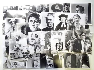 Lot 6 - A large quantity of black/white movie stills -...