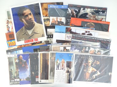 Lot 10 - A large quantity of lobby cards / front of...