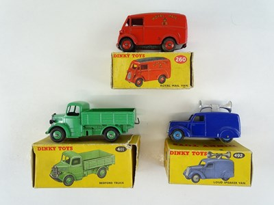 Lot 42 - A group of three DINKY vans comprising 260,...