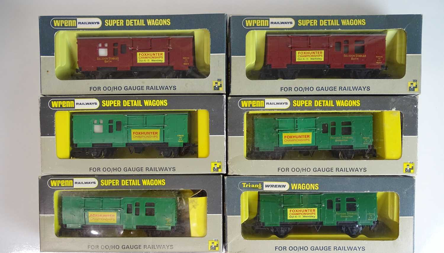 Lot 483 - A mixed group of WRENN OO Gauge horse boxes -...